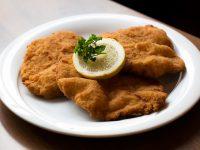 Wiener Schnitzel im Gasthof zur Linde